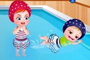 Hazel Bebek Yüzmede